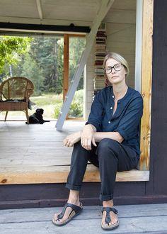 Carina Seth Andersson - swedish glass artist  - photo by Leslie Williamson