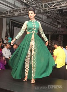 Bigg Boss 7 winner Gauahar (Gauhar) Khan was seen in a green flowy outfit at the Lakme Fashion Week Winter/Festive 2014 finale. #Bollywood #Fashion #Style #Beauty