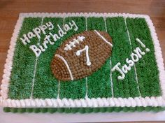 football grass birthday cakes design1 Football Birthday Cakes for Kids