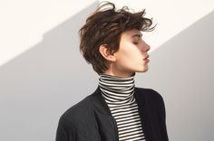 Ideas for hair styles curly tomboy Tomboy Hairstyles, Pixie Haircut, Hairstyles Haircuts, Tomboy Haircut, Short Hair Tomboy, Androgynous Haircut, Androgyny, Hair Inspo, Hair Inspiration