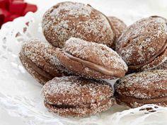 Suklaiset lusikkaleivät Sweet Cookies, No Bake Cookies, Baking Cookies, Finnish Recipes, Just Eat It, Recipes From Heaven, Dessert Recipes, Desserts, Bread Baking