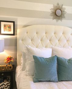 Queen tufted ivory headboard    wall attachments included  #headboard #handmade #queenheadboard #upholsteredheadboard #tuftedheadboard #tufted #bedroom #bedroomdesign #interiordesign #queenbed #atx #homedecor #homedesign #masterbedroom #mastersuite #bedroomdecor #walldecor #lollyandjune
