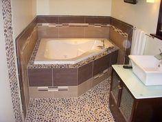 Pebble Floor Bathroom Design Ideas