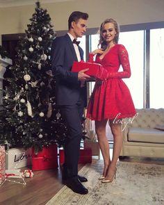 Patryk Grudowicz i Karolina Pisarek w świątecznej kampanii Lou Chic, Formal, Inspiration, Style, Fashion, Christmas Colors, End Of The Year Celebration, Fashion Ideas, Shabby Chic