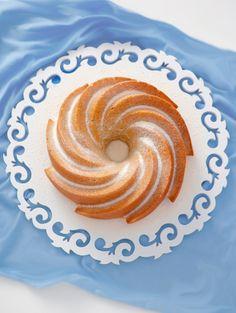 bolo de limão e iogurte grego com sementes de... - Sabores de Canela