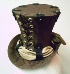 Gypsy witch designs is a lovely site that features an unique collection of top hats, from burlesque, victorian, to gothic, Mad Hatter´s and even steampunk and pirate models. Steampunk Witch, Steampunk Top Hat, Steampunk Halloween, Steampunk Costume, Steampunk Clothing, Steampunk Fashion, Kid Halloween, Halloween Costumes, Mad Hatter Hats