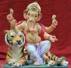 🙏 🙏 Jai Ganesh, Ganesh Idol, Shree Ganesh, Ganesha Art, Lord Durga, Ganesh Lord, Ganesha Pictures, Ganesh Images, Indian Gods