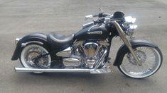 Bobber Bikes, Yamaha Motorcycles, Cars And Motorcycles, Vstar 1100, Yamaha Cruiser, Yamaha V Star, Custom Bobber, Sport Cars, Motorbikes