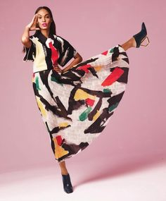 Absolutely adore this shot, it's fun, it's fashion, chic and free. | Joan Smalls.