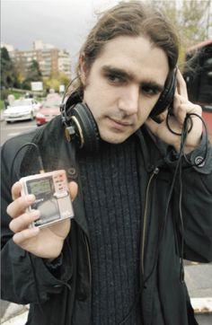 Alberto C. Bernal, artista sonoro español relevante presente en varias ediciones de IN-SONORA. http://in-sonora.org/wp-content/uploads/2014/06/alberto-c.-bernal_-foto-c-belen-cerviño.png