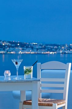 Mykonos evening, Cyc