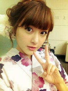 I Love Girls, Pretty Girls, Yukata, Kawaii Girl, Pretty Woman, Summer Dresses, Portrait, Disney Princess, Cute