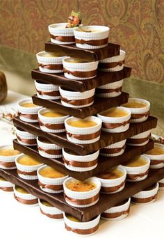 Crème Brûlée cake - 20 amazing alternative wedding cake ideas -- individual tiramisu?? :) <3 KA