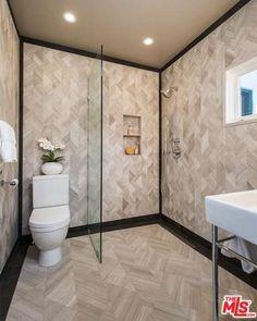 The Powder Room - Mila Kunis Los Angeles Mansion - Photos
