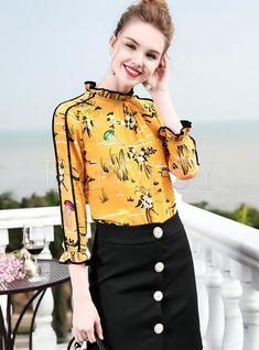 Shop Yellow Floral Print Stand Collar Blouse at EZPOPSY. Fashion Sewing, Fashion Wear, Trendy Fashion, Blouse Neck Designs, Blouse Styles, Cute Dress Outfits, Cute Dresses, Fancy Tops, Collar Blouse