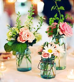 Summer centerpieces #Entertaining #Flowers