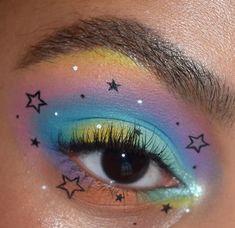 15 MUAs zu folgen, wenn Sie lieben das Make-up auf Euphoria - Beauty Bay Edited Cute Eye Makeup, Makeup Eye Looks, Creative Makeup Looks, Eye Makeup Art, Crazy Makeup, Pretty Makeup, Skin Makeup, Makeup Inspo, Eyeshadow Makeup