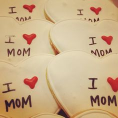 Mother's Day Decorated Cookies / 2tarts Bakery / New Braunfels, TX / www.2tarts.com