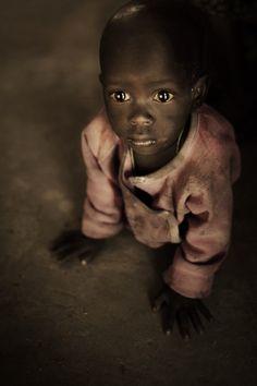 Kenya  http://www.photographyblogger.net/portraits-from-kenya-by-diego-arroyo/