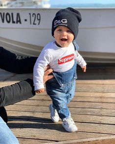 Cute Baby Boy Outfits, Toddler Outfits, Kids Outfits, Cute Baby Videos, Cute Baby Pictures, Cute Babies Photography, Cute Baby Wallpaper, Baby Girl Leggings, Dream Baby