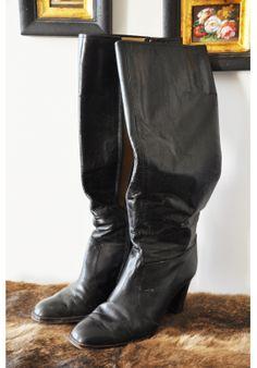 Bottes vintage 70's. Vintage 70's boots. #bohemian #leather #gipsy #boho #vintage