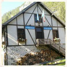 Un passo dal #cielo #braies #lago #lake #prags #valpusteria #pustertal #sudtirol #altoadige #travel  #montagna #mountains #ig_sudtirol  #igersemiliaromagna #ig_forli_cesena #ig_emiliaromagna #ig_rimini_  #ig_emilia_romagna #volgotrentinoaltoadige #volgoitalia #volgobolzano #ig_trentinoaltoadige #dolomiti #my_dolomiti #dolomites #vivoemiliaromagna #vivocesena #vivoitalia #vivorimini