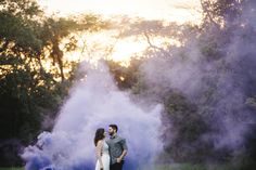 Smokebomb and sunset engagement session / photo by lovelybeephotography.com