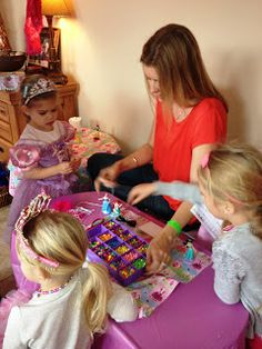 Princess Party Game: Making Jewelry