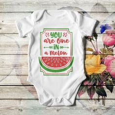 Customized baby bodysuit, unisex, in pink, white or black color. Add the baby's name or whatever you like. With short sleeves, lap shoulders, and bottom snaps. One In A Melon, Personalized Baby Gifts, Dry Hands, Unisex Baby, Funny Babies, Baby Bodysuit, Baby Names, Bodysuits, Baby Shower Gifts