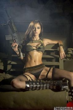 Here you can find the sexyest cosplay babes, hot cosplay girls, sexy cosplay costumes Military Girl, Armada, Dangerous Woman, Poses, Small Waist, Usmc, Look Fashion, Girl Photos, Fitspiration