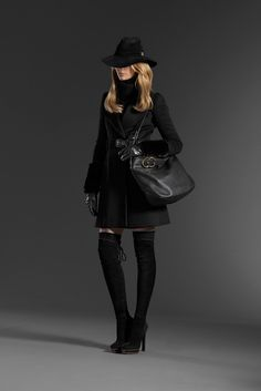 Gucci Pre-Fall 2011 Fashion Show - Martha Streck