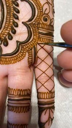 Modern Henna Designs, Mehndi Designs For Kids, Latest Henna Designs, Floral Henna Designs, Mehndi Designs Feet, Mehndi Designs Book, Full Hand Mehndi Designs, Mehndi Designs 2018, Mehndi Designs For Beginners