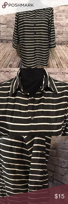 Fun & Flirt Ladies Medium Blouse Black/White D-34) Very Good Condition there is a tiny spot at the bottom of the Blouse look at photos this Blouse feels very nice 100% polyester Button front sleeves Button up Fun & Flirt Tops Blouses