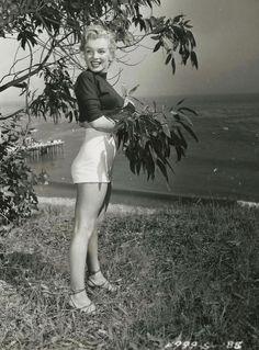 Marilyn Monroe by J.R. Eyerman, 1950