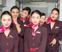 【China】 Shanghai Airlines cabin crew / 上海航空 客室乗務員 【中国】 Silk Scarves, Instagram