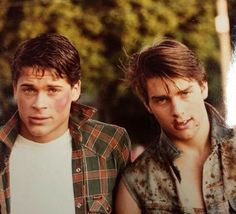 The outsiders imagines The Outsiders Steve, The Outsiders Cast, The Outsiders Imagines, The Outsiders Sodapop, 90s Movies, Good Movies, Movie Tv, Ralph Macchio, Rob Lowe