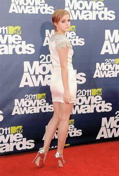 """ Emma Watson attending the MTV Movie Awards "" Emma Watson Legs, Emma Watson Images, Emma Watson Hot, Emma Watson Beautiful, Emma Watson Sexiest, Claudia Winkleman, Bollywood, Emma Style, Celebrity Stars"