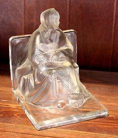Lalique Buchstütze sitzende Frau Mütterchen Glas Kristall Jugendstil Art Deco xz