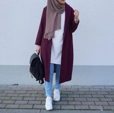 Trendy fashion hijab Trendy fashion hijab indonesia How To Wear Hijab Outfit With Casual Looks Hijab Casual, Ootd Hijab, Hijab Chic, Hijab Style Dress, Casual Shoes, Modern Hijab Fashion, Street Hijab Fashion, Hijab Fashion Inspiration, Islamic Fashion