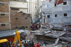 Nepal atualiza número de mortos por terremoto, que já passam de 4 mil - http://po.st/FSYQfi  #Política, #Setores - #Desastre, #Mortos, #NEPAL, #Terremoto