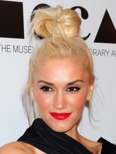 Best Celebrity TopKnot Hairstyles   #TopKnotHairstyles #gwenstefani