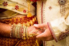 Discover more indian wedding inspiration at www.shaadibelles.com Gold Bangles, Blood, Wedding Inspiration, Fire, Indian, Jewelry, Fashion, Moda, Jewlery
