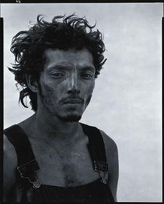Richard Bavedon - Roberto Lopez - Lyons, Texas, 28 September 1980