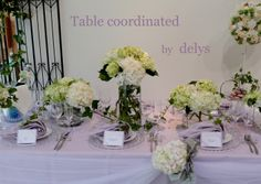 Table coordinated by delys