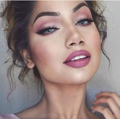 Makeup by Alinna || mauve eye and lip