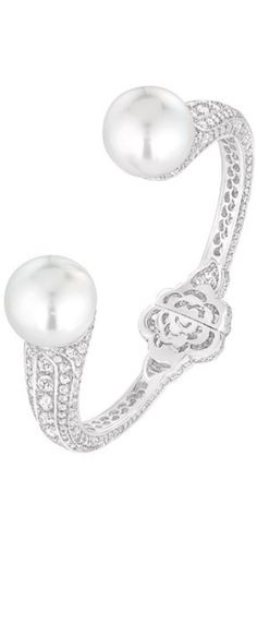 LOOKandLOVEwithLOLO: Chanel Fine Jewelry....LES PERLES DE CHANEL COLLECTION