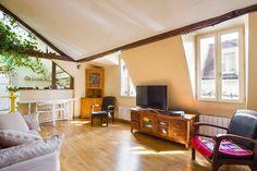 Ganhe uma noite no Charme et lumière au Quartier Latin - Apartamentos para Alugar em Paris no Airbnb!