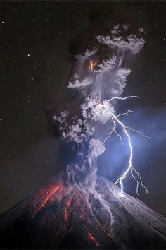 Chaosmos - Colima Volcano, west of Mexico. December 13th/2015.