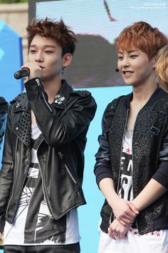 130525 Kyungbok High School Festival: Chen and Xiumin