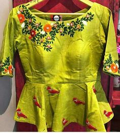 15 Fresh maggam work blouse designs of new season Saree Blouse Designs, Blouse Styles, Lehenga Designs, Designer Blouse Patterns, Little Doll, Mode Hijab, Work Blouse, Indian Outfits, Indian Dresses